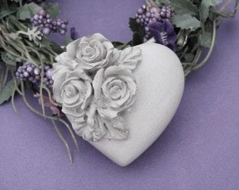 Concrete decorative heart * roses * - romantic gift - concrete original -.