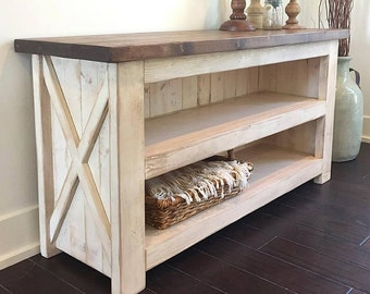 Island Cottage Media Console