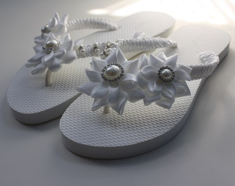 White Rolled Flowers Flip Flops / Bridal Flip Flops / Wedding Flip Flops / Bridesmaids - Size 6