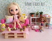 """Blythe accessories 1/6 scale pillow """"Happy Easter"""".Blythe furniture.Blythe diorama. Pullip.1 6 scale furniture.1 6 scale accessories."""