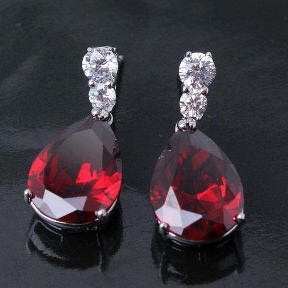 Lovely handmade 18ct whitegold plated garnet crystal teardrop shaped earrings for pierced ears