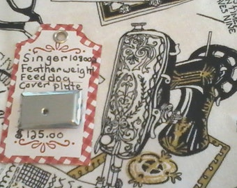 RARE SINGER FEATHERWEIGHT sewing machine feed dog cover plate