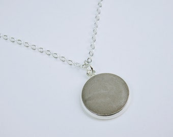 Necklace with silver-coloured concrete jewelry pendant in gray to silver link chain unique - concrete simple concrete jewelry jewelry