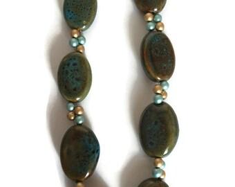 Porcelain Honeybeaded Necklace