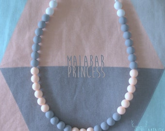 The Malabar Princess - Teething Necklace for Casual Chic Mum!