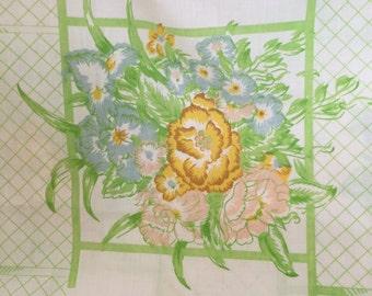 Vintage Cannon Monticello queen sheet with flowers and trellis. Free shipping!