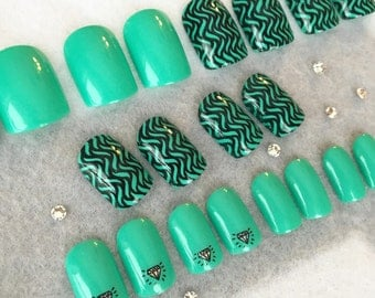 Teal Diamond Fake Nails * Faux Nails * Glue On Nails * Stamped Diamonds * Nail Stamping * Squoval Nails
