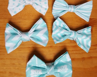 Blue and White Bows (set of 5)