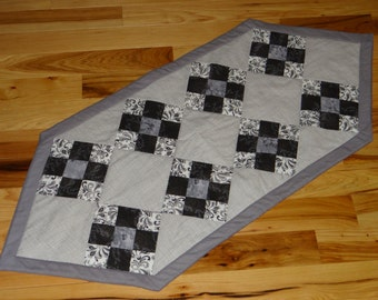 "Quilted Table Runner 20"" x 45"""