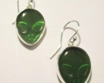 Alien Earrings (OX86)