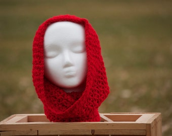 Red wide Cowl