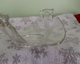 Clear Etched Glass Banana Basket