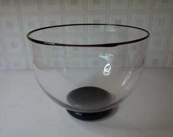 Cowdy studio glass bowl