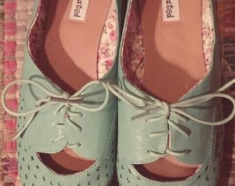 Women's Size 9 Turquoise Flats