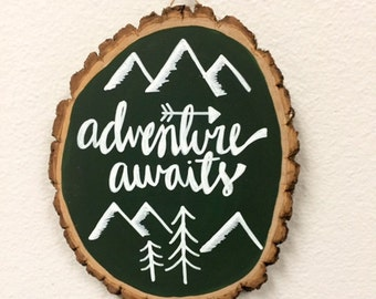 "Tree Round - ""adventure awaits"""