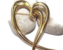 Gorgeous Vintage MJ ENT Fancy Gold tone Heart Brooch Pin Gift for her Scarf Pin Stamped brooch Statement brooch
