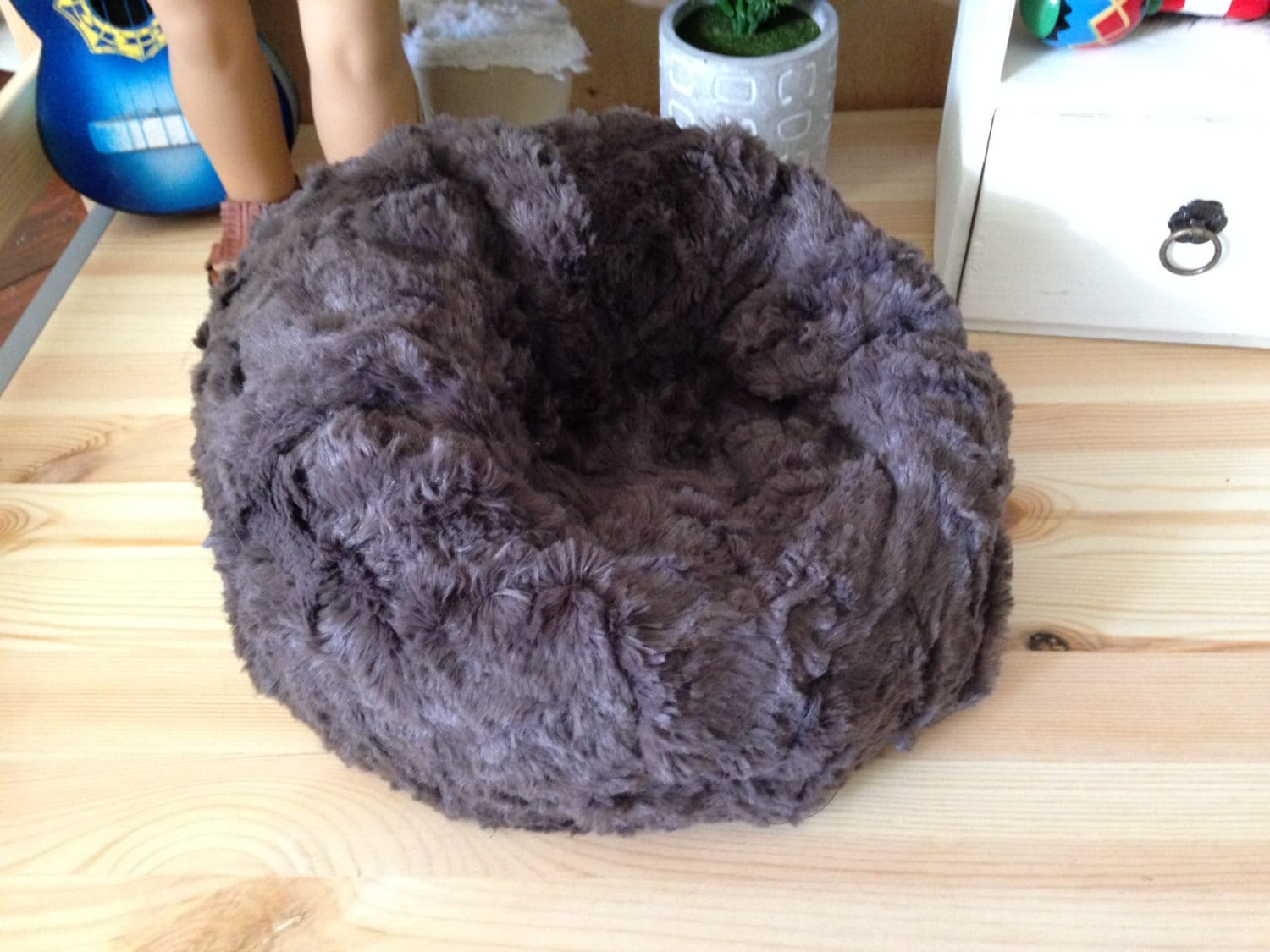 1 likewise Lounge Pug Mini Mammoth Sofa Beanbag Mink moreover NFL Chicago Bears Home And Office moreover Little Bertha Kids Bean Bags also 115. on mink bean bag chair