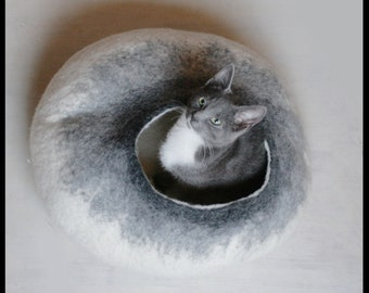 FLASH SALE FREE Poatage Australia~Felt Cat Cave~Felted Cat Bed~Pet Bed~Eco-Friendly~Merino Wool~Handmade~Cat House