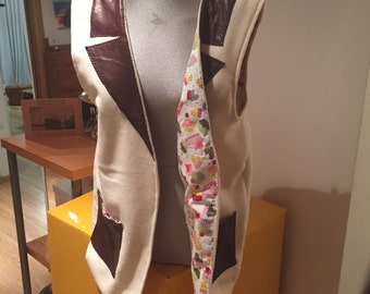 Vest coat adult oversize wool and leather.