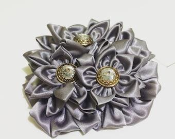 Silver flower fascinator