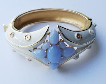 Vintage Trifari Hinged Bangle Bracelet