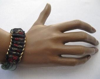 Women' bracelet braided, black, gold,red,dark green magnetic clasp