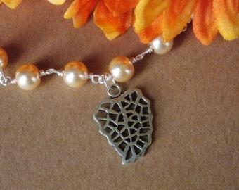 Leaf on Pearl Chain Bracelet