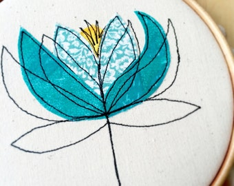 Water Lily embroidery hoop framed wall art picture gift, personalised stitched fabric applique. Botanical, flower textile art,