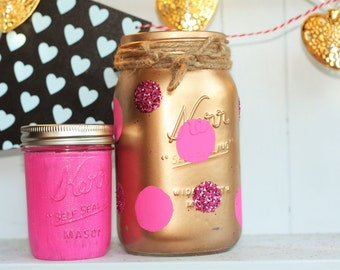 Masonjars/gifts/valentinesday/centerpieces