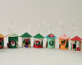 12 Little Christmas house decorations