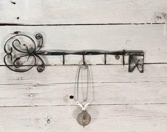 Vintage wrought iron hanger/Key Hanger/ Vintage hanger for keys/ Iron hanger/ Wrought iron hanger/ Home decor/Vintage wall hook