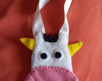 tooth holder..(tooth fairy )  moo cow