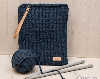 Blue chunky hand knitted Macbook Pro 13 inch sleeve, laptop bag, Macbook Pro 13 bag