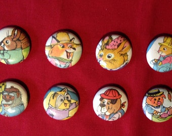 8 Richard Scarry 1 inch pinback buttons - Collection 7