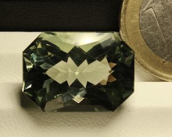 Scissor cut sparkly prasiolite, (green amethyst) 13.15ct loose stone