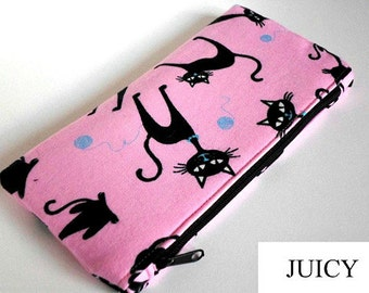 Cosmetic bag/pouch with cats