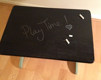 Childrens ChalkBoard Play Table