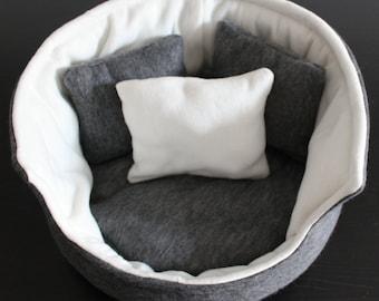 Large cuddle cup. Pet sofa. Rabbit and guinea pig bed. Pet beds. Fleece bed.