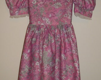 Handmade Vintage Girls Dress Pink and White, Peter Pan collar