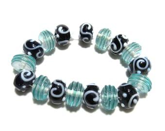 1 Strand Handmade Glass Lampwork Beads (B66d4)