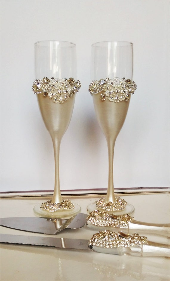 wedding glasses and cake server set cake by weddingartgallery. Black Bedroom Furniture Sets. Home Design Ideas