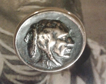 Native Indian - Made Bronze ring hand - Amerindian - old patina currency