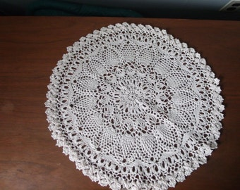 "crocheted cotton pineapple doily, tablecloth, 17"" diameter"