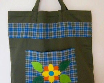 SALE - Large Green Shopping Bag with two pockets