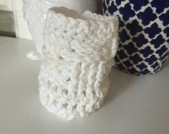 White Crochet Beer Coozie