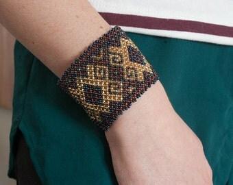Aztec Mayan Geometric Pattern Beaded Bracelet