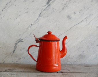 Vintage Red Enamel Teapot, Old Rustic Teapot, Old Red Teapot, Vintage Home Decor, Vintage Shelf Decor