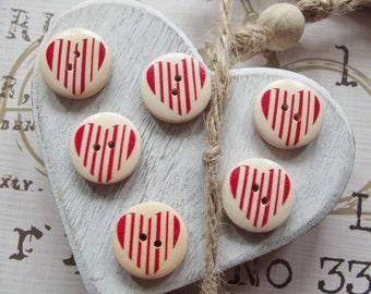 6 Wooden Stripy Heart Buttons