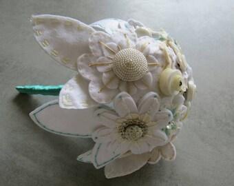Bouquets, button felt