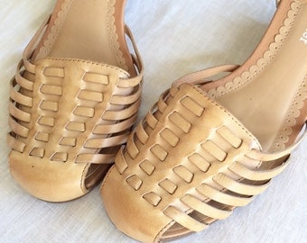 vintage leather woven shoes sandals